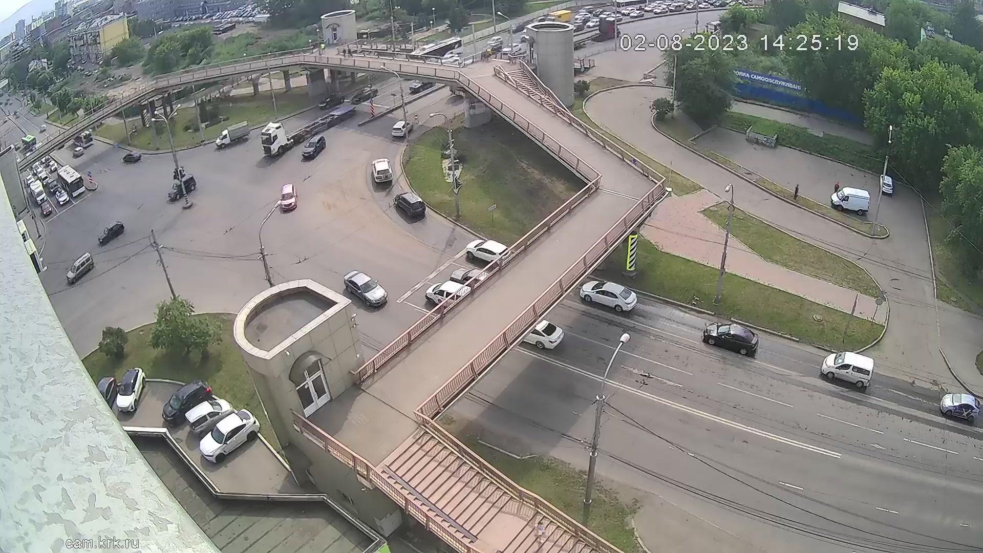 Веб камера Красноярск Пешеходный мост на Маерчака